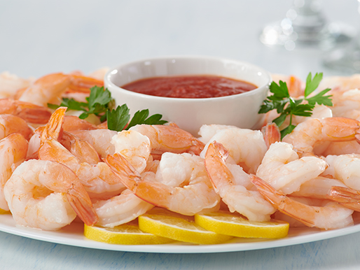 platter with shrimp and dip sauce